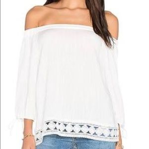 Greylin off the shoulder embroidered bottom XS